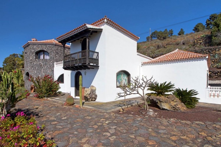 3 Bed  Villa/House for Sale, Las Caletas, Fuencaliente, La Palma - LP-F54 13