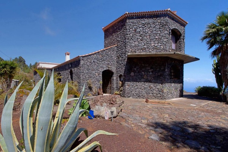 3 Bed  Villa/House for Sale, Las Caletas, Fuencaliente, La Palma - LP-F54 17