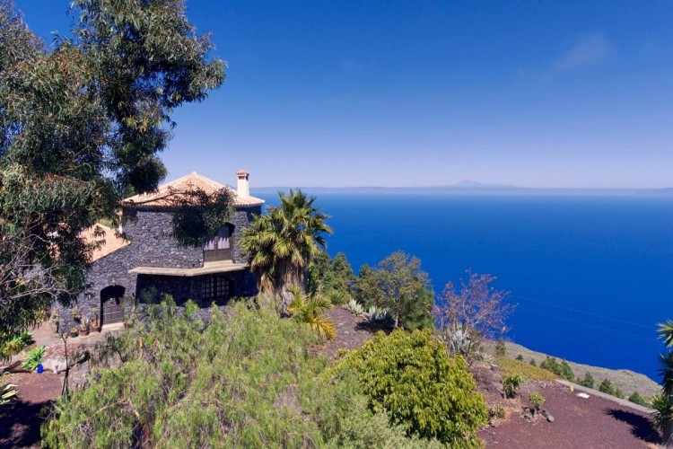 3 Bed  Villa/House for Sale, Las Caletas, Fuencaliente, La Palma - LP-F54 2