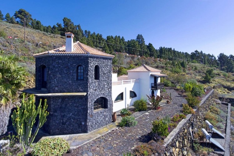 3 Bed  Villa/House for Sale, Las Caletas, Fuencaliente, La Palma - LP-F54 4