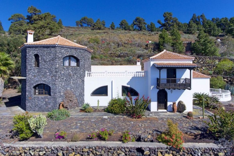 3 Bed  Villa/House for Sale, Las Caletas, Fuencaliente, La Palma - LP-F54 6