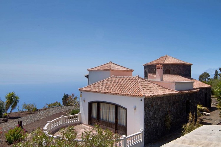 3 Bed  Villa/House for Sale, Las Caletas, Fuencaliente, La Palma - LP-F54 8