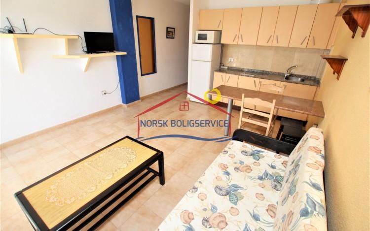 1 Bed  Flat / Apartment to Rent, Playa del Cura, Gran Canaria - NB-2403 4