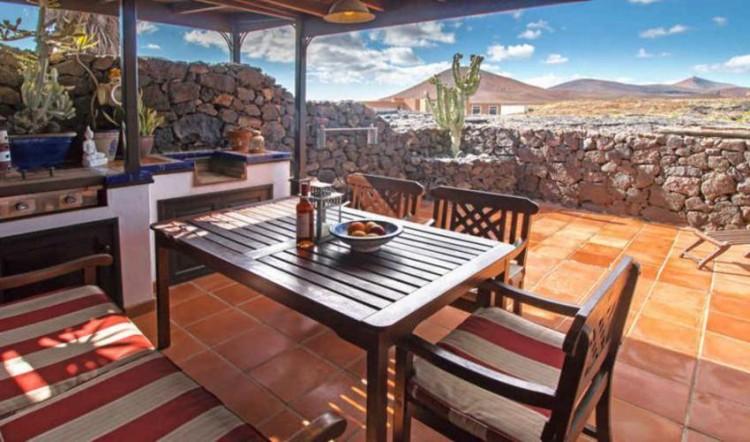 8 Bed  Villa/House for Sale, Tahiche, Lanzarote - LA-LA874s 11