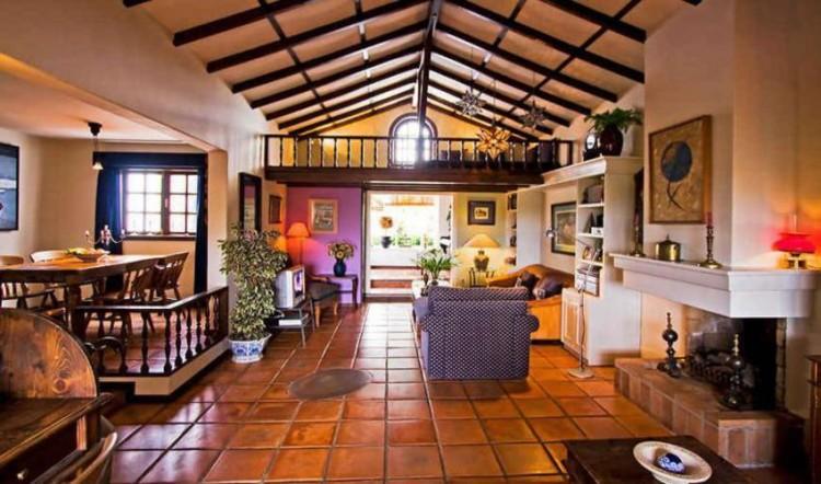 8 Bed  Villa/House for Sale, Tahiche, Lanzarote - LA-LA874s 3
