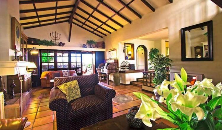 8 Bed  Villa/House for Sale, Tahiche, Lanzarote - LA-LA874s 4