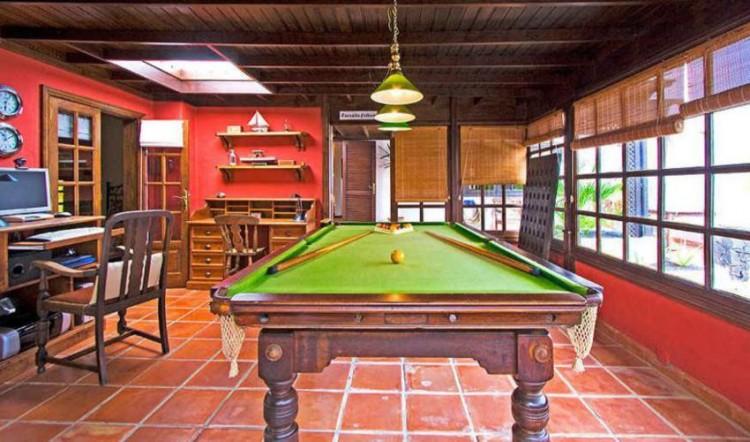 8 Bed  Villa/House for Sale, Tahiche, Lanzarote - LA-LA874s 6