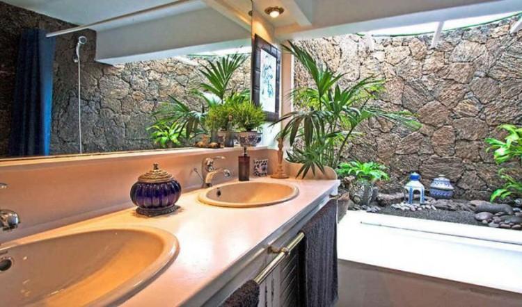 8 Bed  Villa/House for Sale, Tahiche, Lanzarote - LA-LA874s 8
