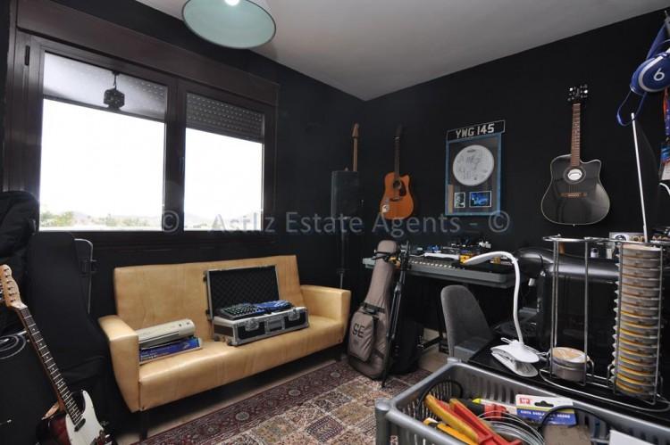 4 Bed  Villa/House for Sale, Amarilla Golf, San Miguel De Abona, Tenerife - AZ-1362 16