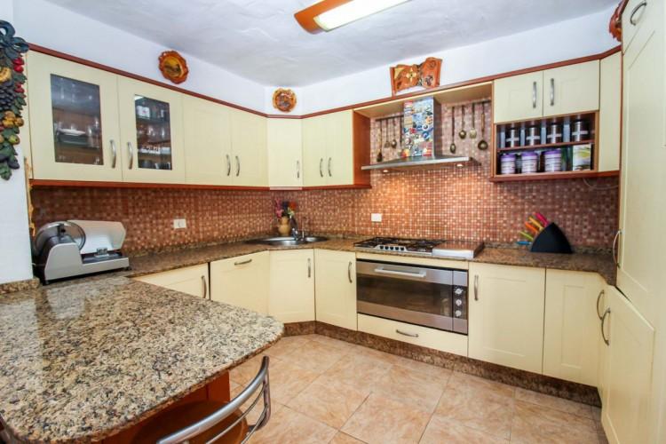 3 Bed  Villa/House for Sale, Mogan, Arguineguin, Gran Canaria - CI-2743 9