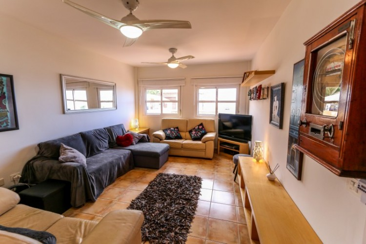 4 Bed  Villa/House for Sale, Piedra Hincada, Tenerife - YL-PW115 1
