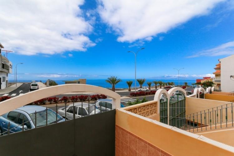 4 Bed  Villa/House for Sale, Piedra Hincada, Tenerife - YL-PW115 10