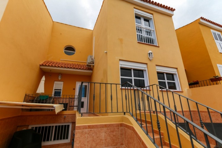 4 Bed  Villa/House for Sale, Piedra Hincada, Tenerife - YL-PW115 13