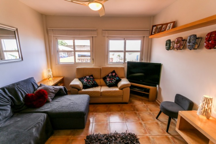 4 Bed  Villa/House for Sale, Piedra Hincada, Tenerife - YL-PW115 2