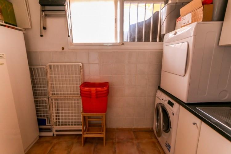 4 Bed  Villa/House for Sale, Piedra Hincada, Tenerife - YL-PW115 20