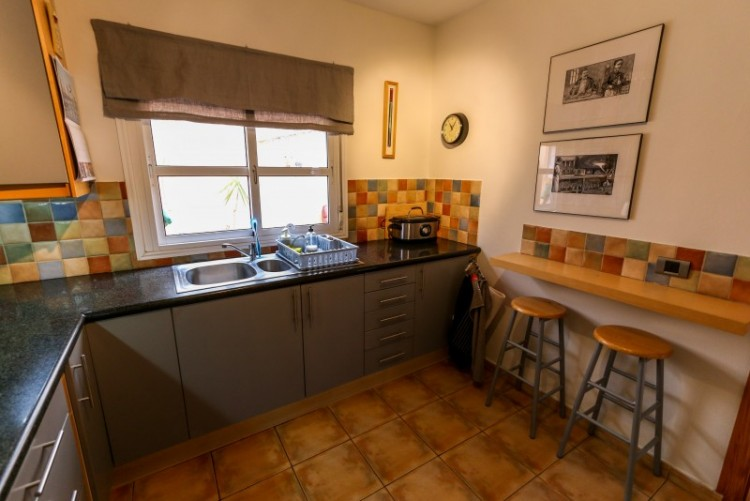 4 Bed  Villa/House for Sale, Piedra Hincada, Tenerife - YL-PW115 6