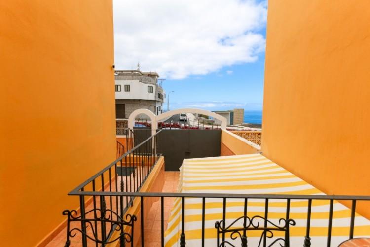 4 Bed  Villa/House for Sale, Piedra Hincada, Tenerife - YL-PW115 9