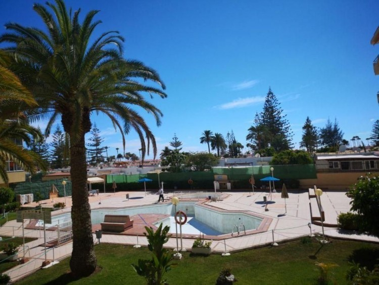 2 Bed  Flat / Apartment for Sale, Las Palmas, Playa del Inglés, Gran Canaria - DI-15769 17