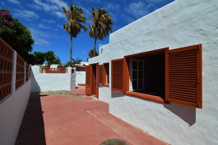 3 Bed  Villa/House for Sale, Corralejo, Las Palmas, Fuerteventura - DH-XVPTCH3CAGP36B-69 15