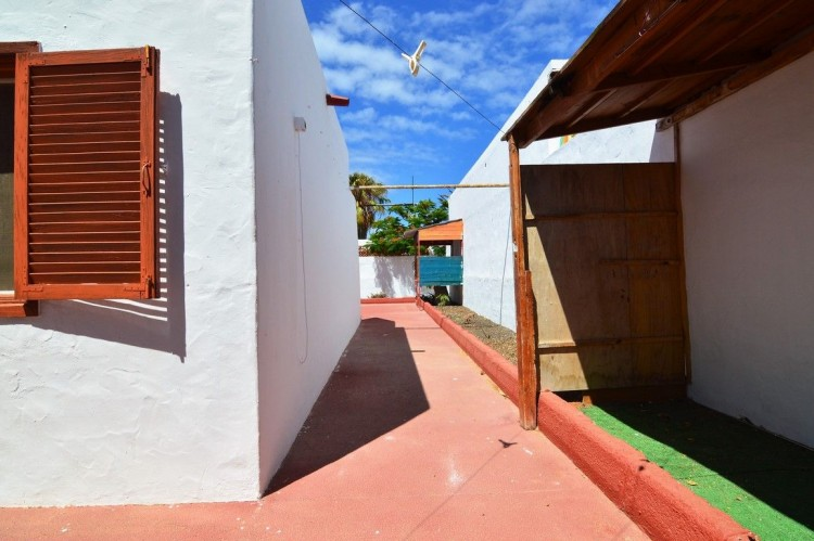 3 Bed  Villa/House for Sale, Corralejo, Las Palmas, Fuerteventura - DH-XVPTCH3CAGP36B-69 8