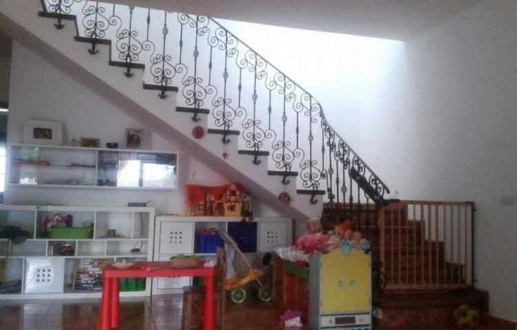 4 Bed  Villa/House for Sale, Uga, Lanzarote - LA-LA875s 6