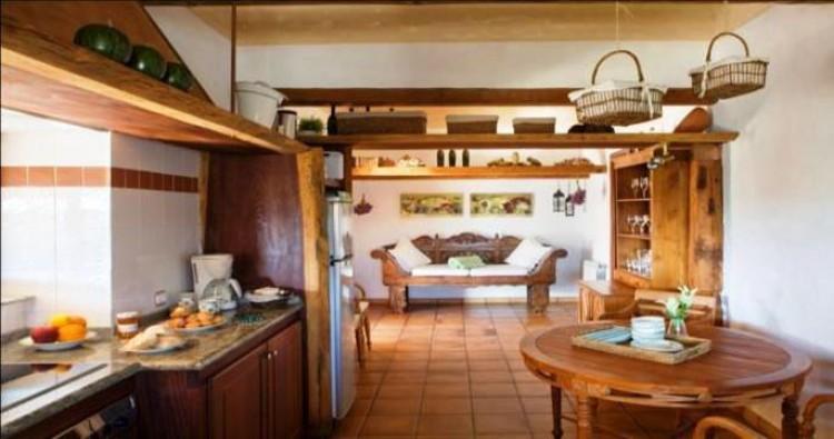 Country House/Finca for Sale, Haria, Lanzarote - LA-LA883 4