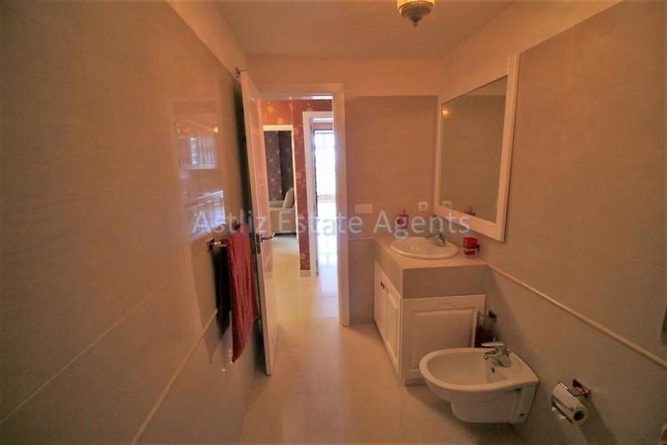 2 Bed  Flat / Apartment for Sale, Puerto De La Cruz, Tenerife - AZ-1196 17