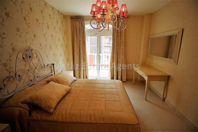 2 Bed  Flat / Apartment for Sale, Puerto De La Cruz, Tenerife - AZ-1196 2