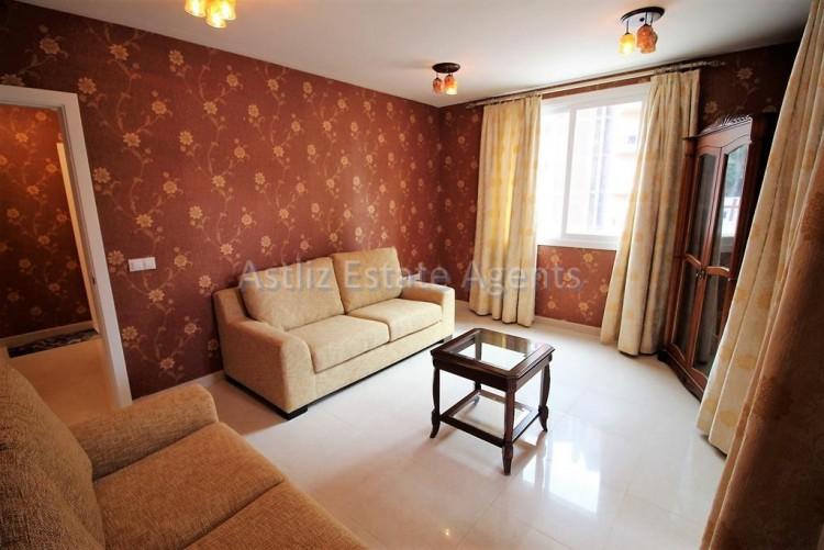 2 Bed  Flat / Apartment for Sale, Puerto De La Cruz, Tenerife - AZ-1196 6