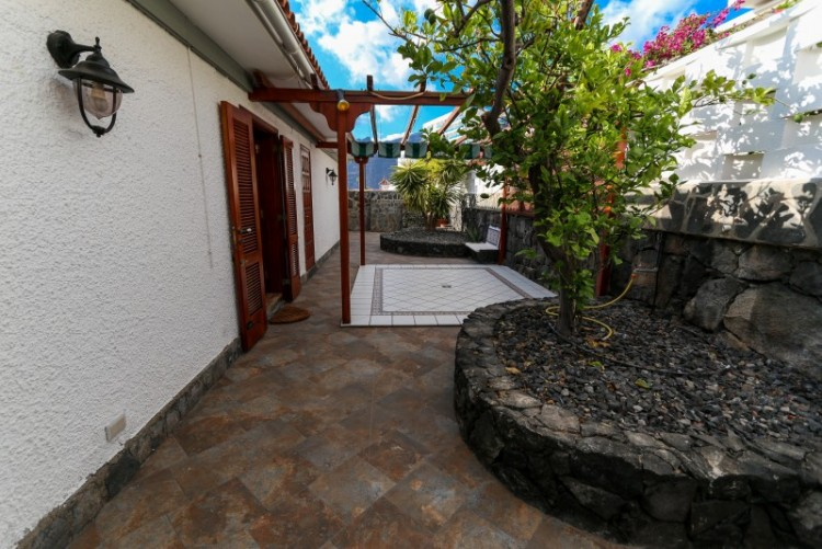 2 Bed  Villa/House for Sale, Los Gigantes, Tenerife - YL-PW118 18
