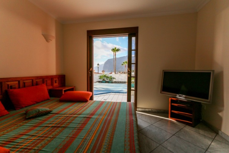 2 Bed  Villa/House for Sale, Los Gigantes, Tenerife - YL-PW118 6