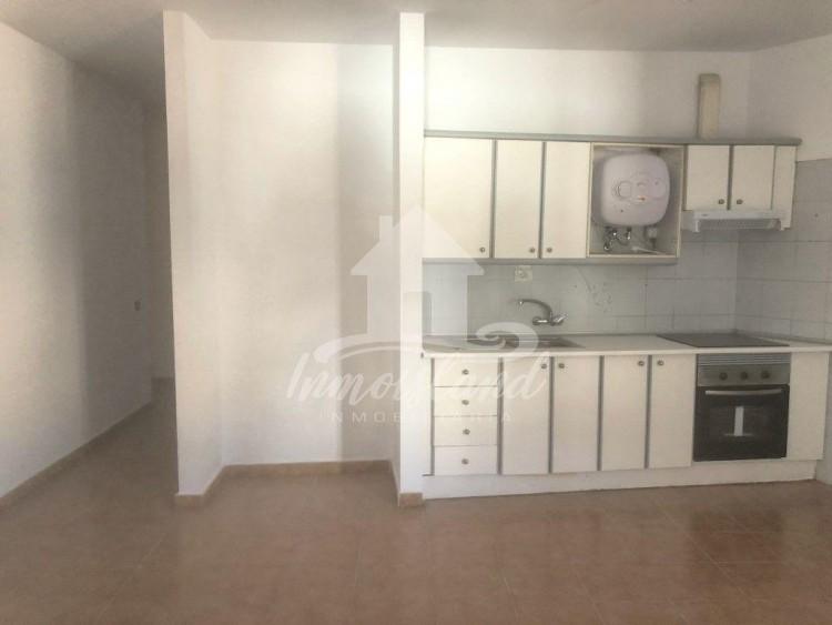 3 Bed  Flat / Apartment for Sale, Granadilla, Santa Cruz de Tenerife, Tenerife - IN-333 10