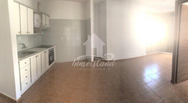3 Bed  Flat / Apartment for Sale, Granadilla, Santa Cruz de Tenerife, Tenerife - IN-333 12