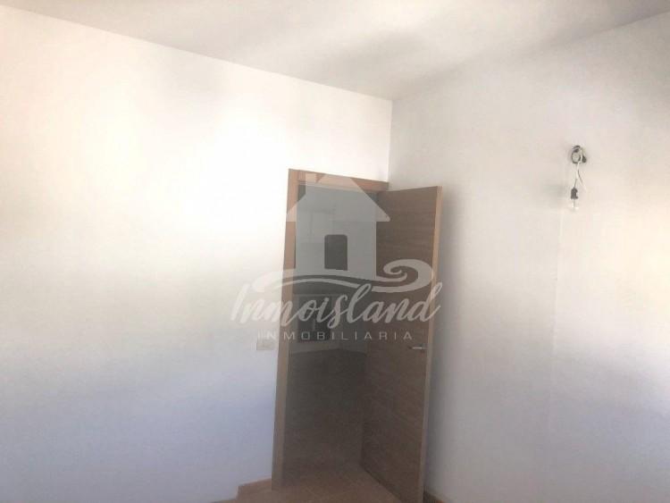 3 Bed  Flat / Apartment for Sale, Granadilla, Santa Cruz de Tenerife, Tenerife - IN-333 8