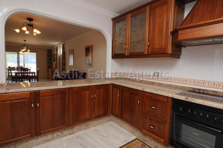 3 Bed  Flat / Apartment for Sale, Puerto De Santiago, Santiago Del Teide, Tenerife - AZ-1199 5