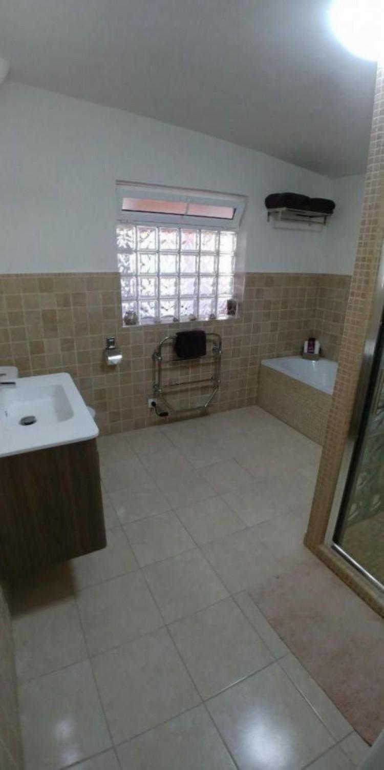 4 Bed  Villa/House for Sale, Las Palmas, Agüimes, Gran Canaria - DI-15895 16