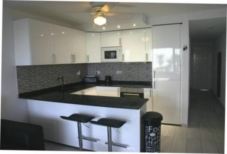 1 Bed  Flat / Apartment for Sale, Costa Teguise, Lanzarote - LA-LA885 3