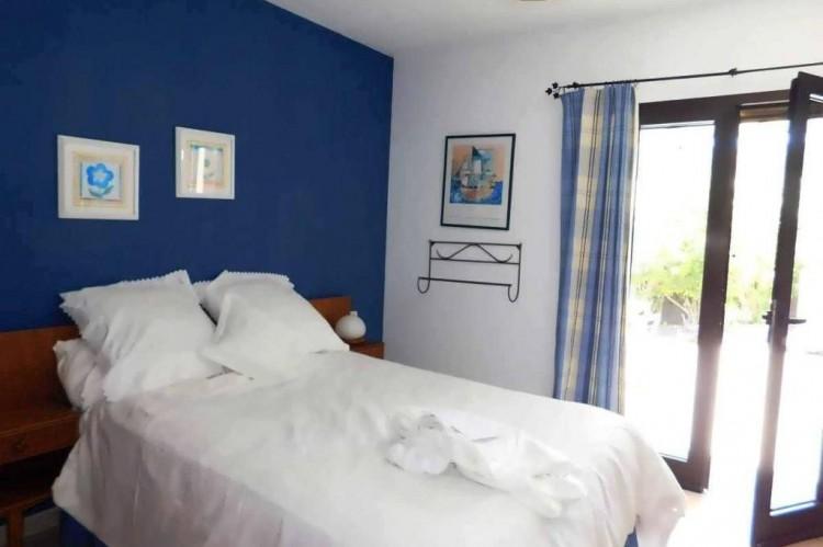 3 Bed  Villa/House for Sale, Conil, Lanzarote - LA-LA886s 7