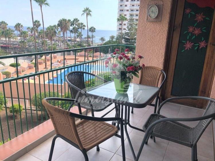 1 Bed  Flat / Apartment to Rent, Costa Adeje, Santa Cruz de Tenerife, Tenerife - IN-337 1
