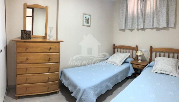 1 Bed  Flat / Apartment to Rent, Costa Adeje, Santa Cruz de Tenerife, Tenerife - IN-337 10