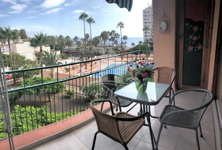 1 Bed  Flat / Apartment to Rent, Costa Adeje, Santa Cruz de Tenerife, Tenerife - IN-337 2