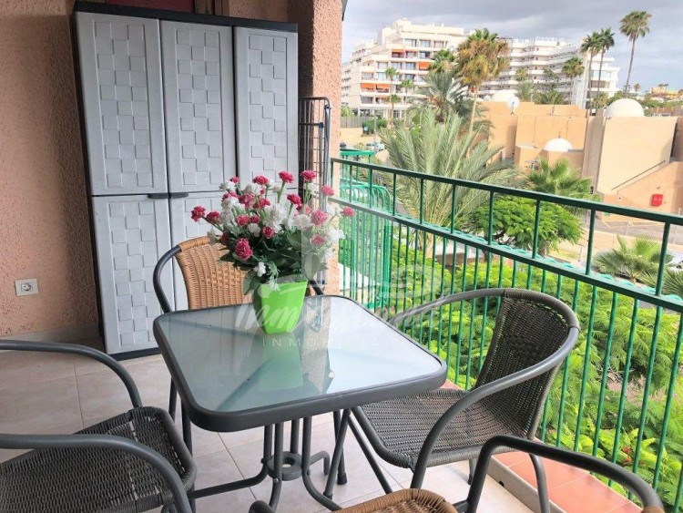 1 Bed  Flat / Apartment to Rent, Costa Adeje, Santa Cruz de Tenerife, Tenerife - IN-337 3