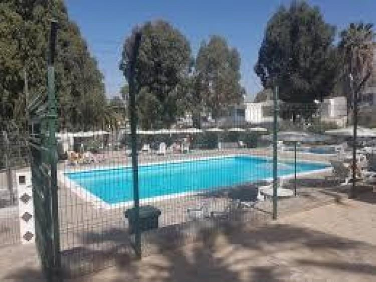 1 Bed  Flat / Apartment for Sale, Costa del Silencio, Santa Cruz de Tenerife, Tenerife - IN-339 1