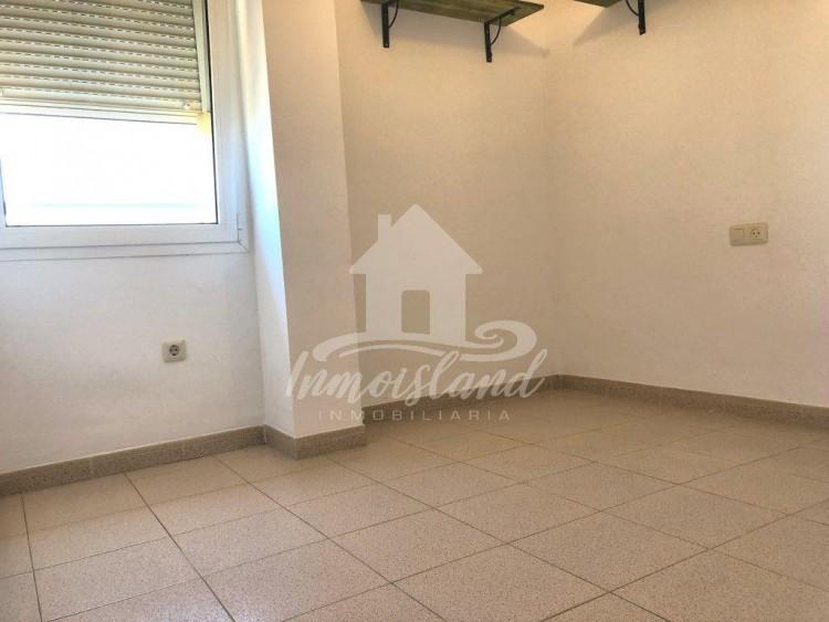 2 Bed  Flat / Apartment for Sale, El Monte O Guargacho, Santa Cruz de Tenerife, Tenerife - IN-341 16
