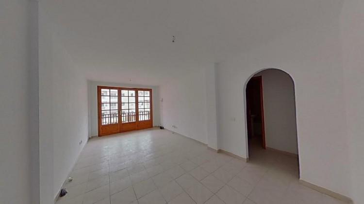 2 Bed  Flat / Apartment for Sale, Adeje, Santa Cruz de Tenerife, Tenerife - IN-345 1