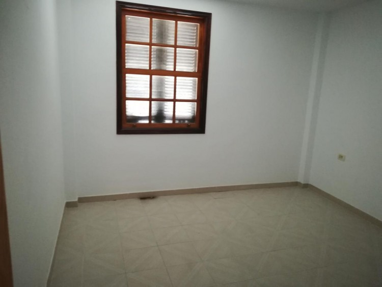 2 Bed  Flat / Apartment for Sale, Adeje, Santa Cruz de Tenerife, Tenerife - IN-345 6