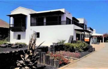 9 Bed  Country House/Finca for Sale, La Asomada, Fuerteventura - LA-LA896s