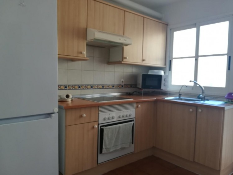 2 Bed  Flat / Apartment to Rent, Callao Salvaje, Santa Cruz de Tenerife, Tenerife - IN-348 9
