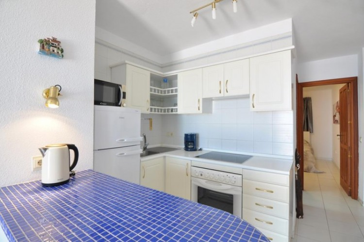 1 Bed  Flat / Apartment for Sale, Los Gigantes, Tenerife - YL-PW120 15