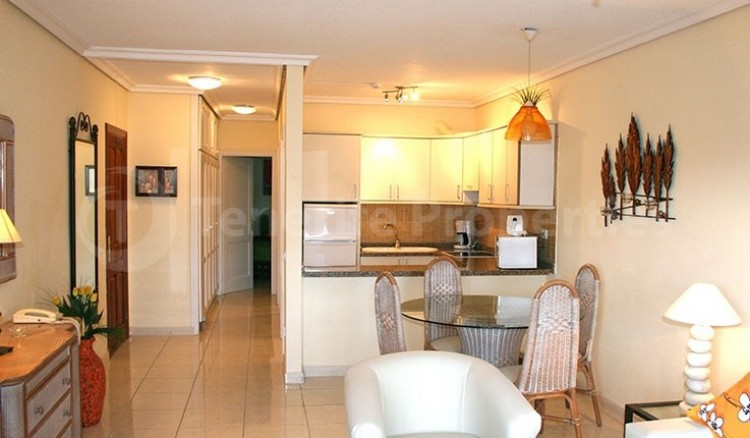 1 Bed  Flat / Apartment for Sale, Chayofa, Tenerife - TP-13516 5